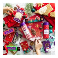 🎵I don't want a lot for Christmas, there is just one thing I need. All my favourite PURDYS chocolates, underneath the Christmas tree. 😁🎄