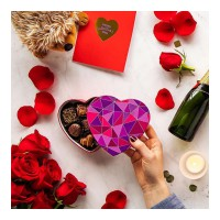 Love makes the world go 'round, but chocolate makes it worth the trip. Give them a piece of your heart with our Geometric Heart Gift Box ðŸ«ðŸ'œ